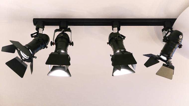 LEDスポットライト取り付け正面アイキャッチ