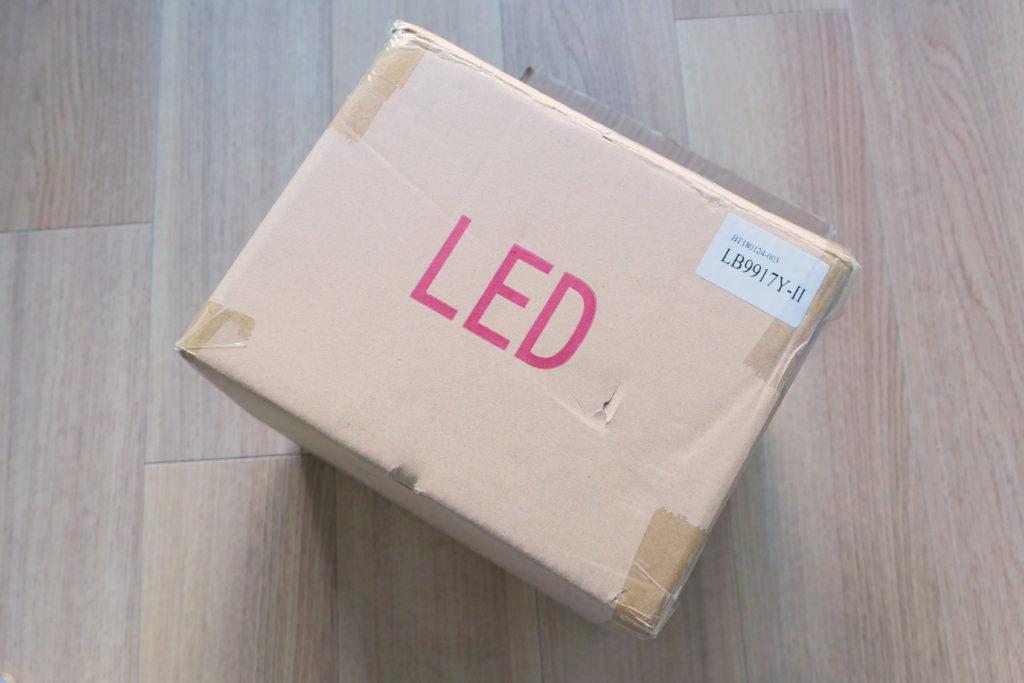 LEDスポットライトSPOT-DLS509F箱