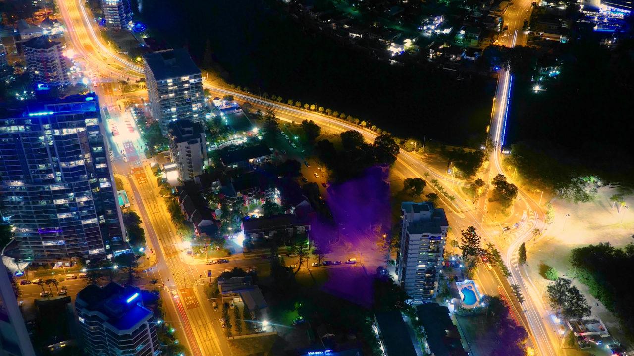 Q1スカイポイント展望台南側