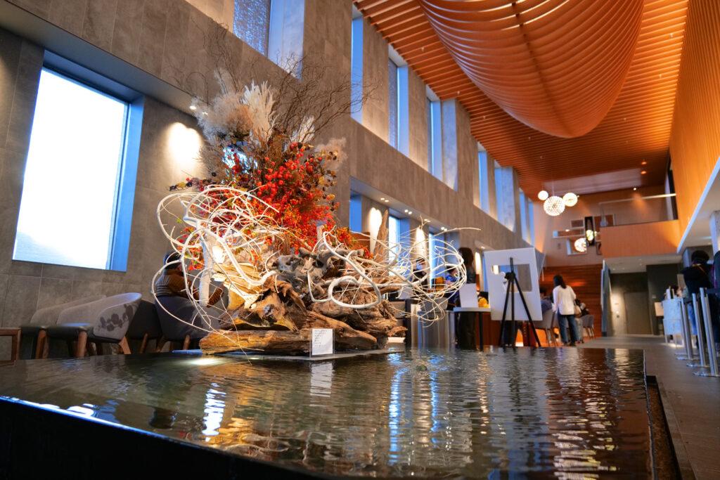 HOTEL & SPA センチュリーマリーナ函館 1階 泉水