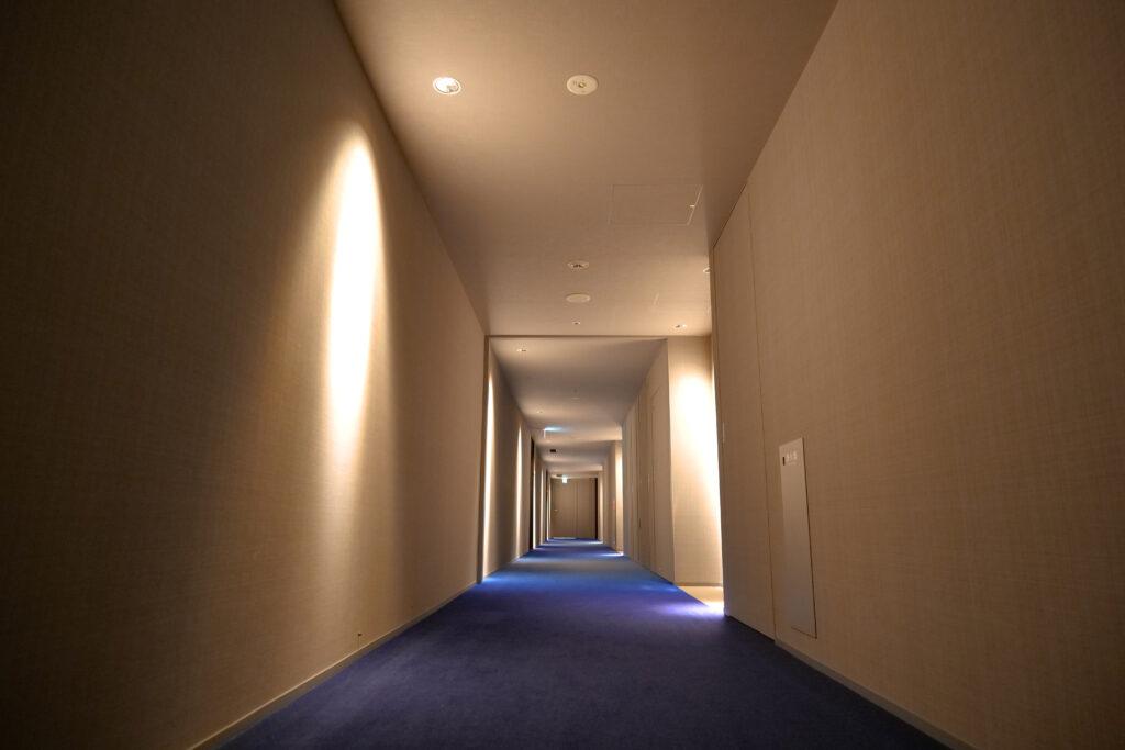 HOTEL & SPA センチュリーマリーナ函館 13階 ザロイヤルフロア 絨毯 函館ブルー