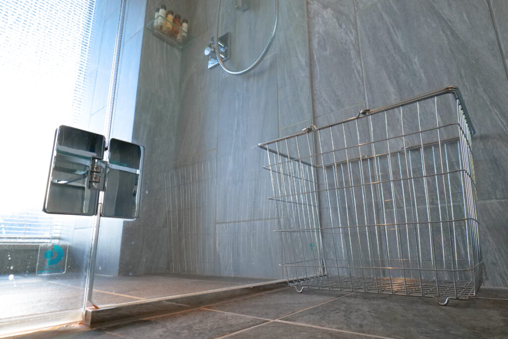 HOTEL & SPA センチュリーマリーナ函館 13階 ザロイヤルフロア コーナースイート バスルーム(お風呂場)バスケット