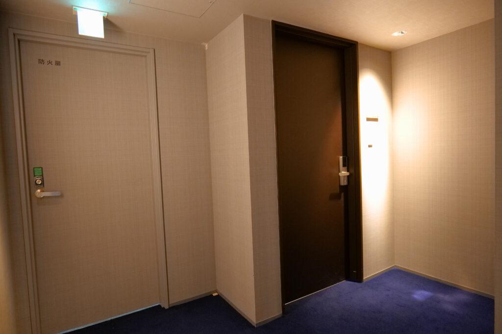 HOTEL & SPA センチュリーマリーナ函館 13階 ザロイヤルフロア コーナースイート ドア
