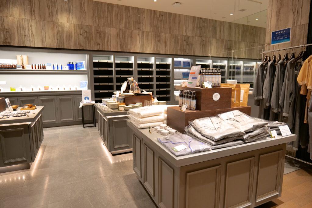 HOTEL & SPA センチュリーマリーナ函館 2階 ショップ ユーヨーマルシェ 衣類 食器 生活雑貨