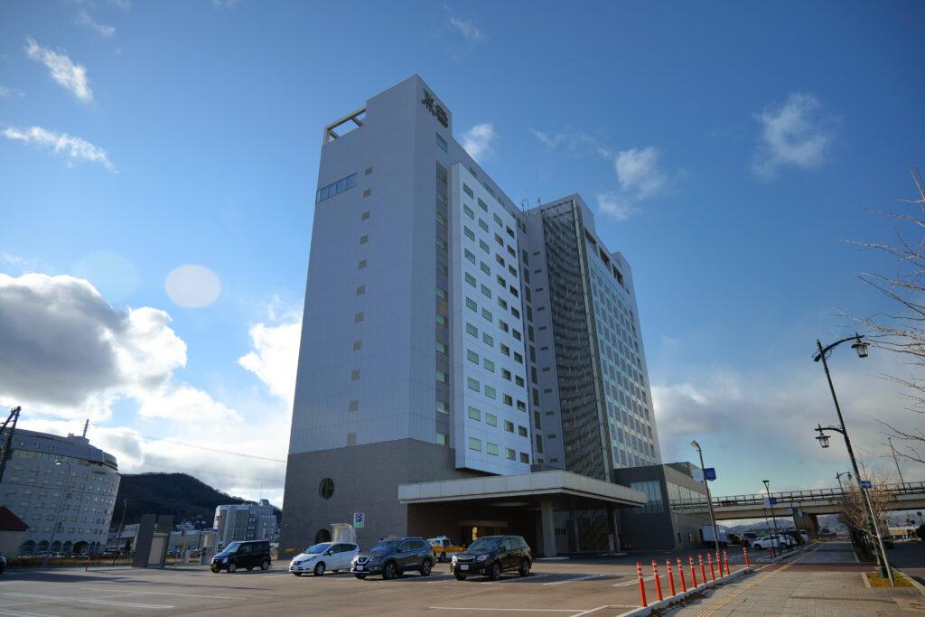 HOTEL & SPA センチュリーマリーナ函館 外観 横 夕方