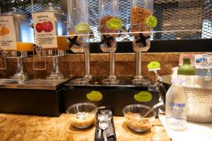 HOTEL & SPA センチュリーマリーナ函館 朝食(ブレックファスト) ユーヨーテラスハコダテ メニュー シリアル コーンフレーク