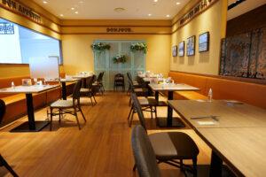 HOTEL & SPA センチュリーマリーナ函館 朝食(ブレックファスト) ユーヨーテラスハコダテ ソファー席