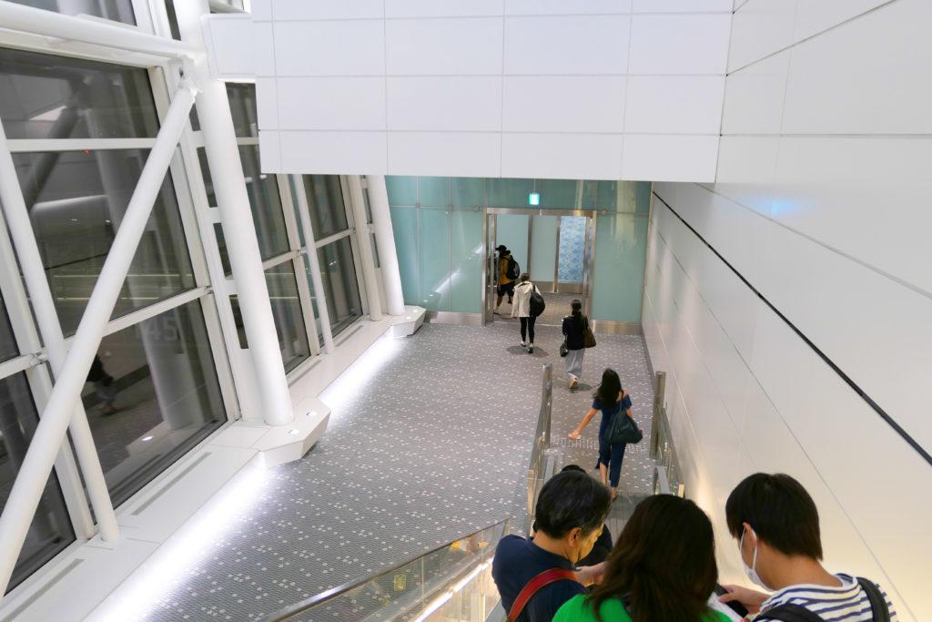 羽田空港第3ターミナル(国際線)エアサイド145番ゲート通過